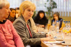 """Austauschtreffen der Arbeitsgruppe """"Dialog der Generationen"""" (unter Vorbehalt) @ Jugend-und Sozialzentrum """"Mutter Teresa"""""""