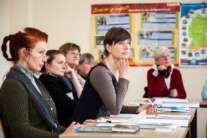 """Austauschtreffen der Arbeitsgruppe """"Dialog der Generationen"""" @ Alten- und Service-Zentrum im Bürgerhaus Cracau"""