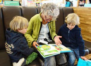 Es war Zweimal: Mehrsprachiger Vorlesenachmittag @ Familienhaus im Park