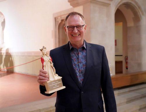 Zinnober-Vorsitzender Wolfram Stäps erhält Adelheid-Preis